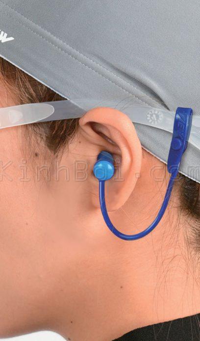 nút bịt tai khi đi bơi